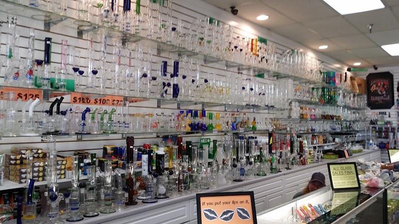 J Smoke Shop